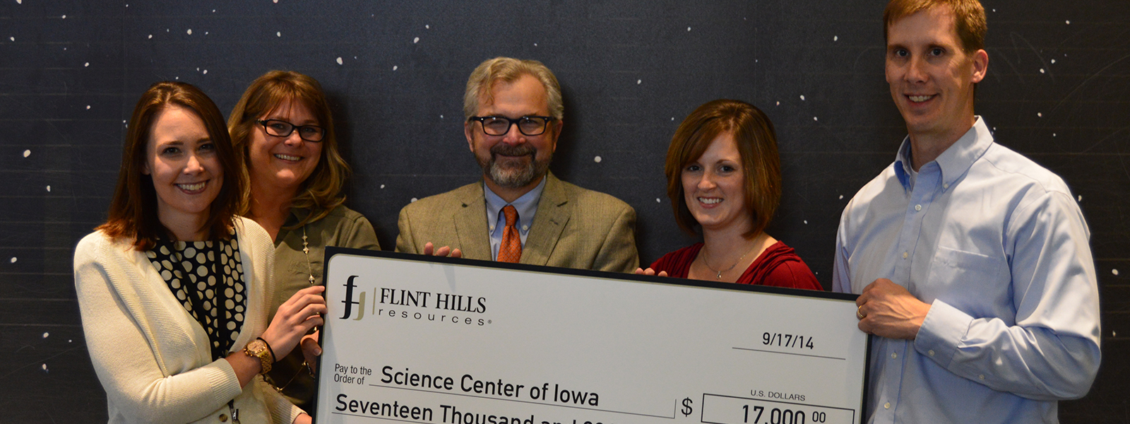 Flint Hills Resources Donates to Science Center of Iowa Education